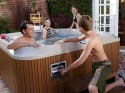 history of jacuzzi hot tubs